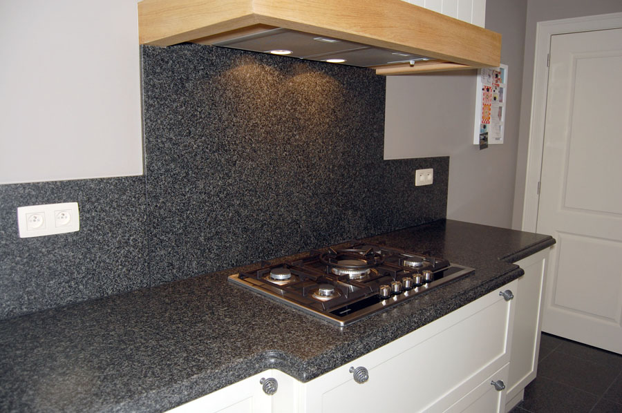 Keuken in graniet Jasberg verzoet