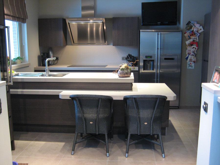 Keukenwerkbladen in kwartscomposiet Vanilla, randafwerking in verstek