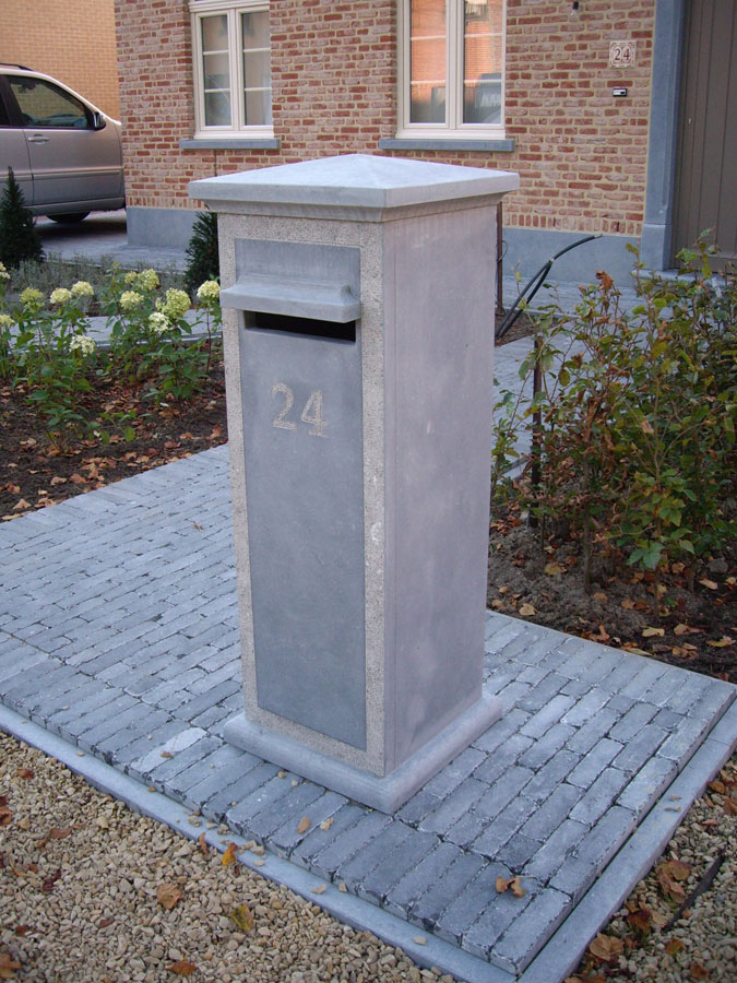 Project in Belgische blauwe hardsteen